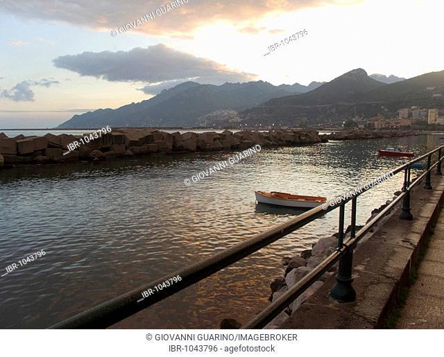 Sunset, sidewalk, Salerno, Campania, Italy, Europe