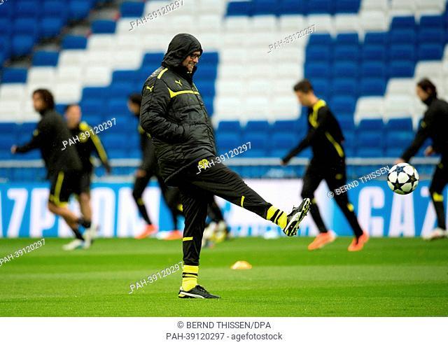 Head coach of Bundesliga soccer club Borussia Dortmund (BVB), Juergen Klopp, conducts a training session in Madrid, Spain, 29 April 2013