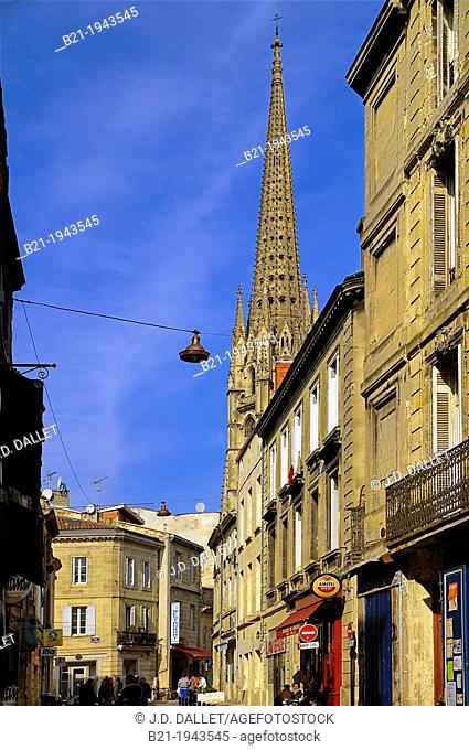 Rue Camille Sauvageau and the Saint Michel tower, at Bordeaux, Gironde, Aquitaine, France