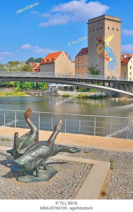 Germany, Saxony, Görlitz, Uferstraße, sculptures, geese, bronze, the Lusatian Neisse, border river to Poland