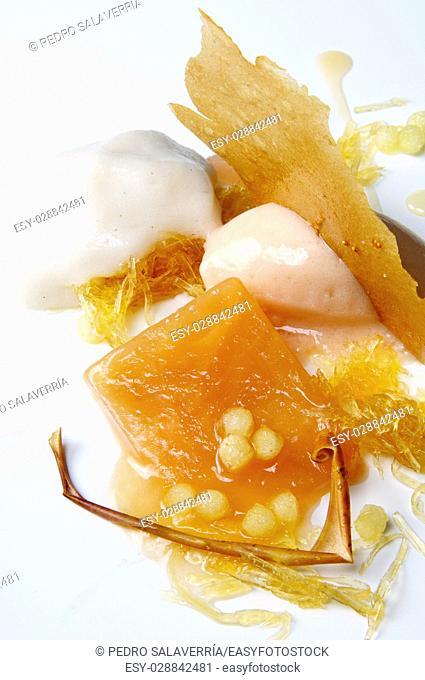 Apple ice cream, honey and chestnuts
