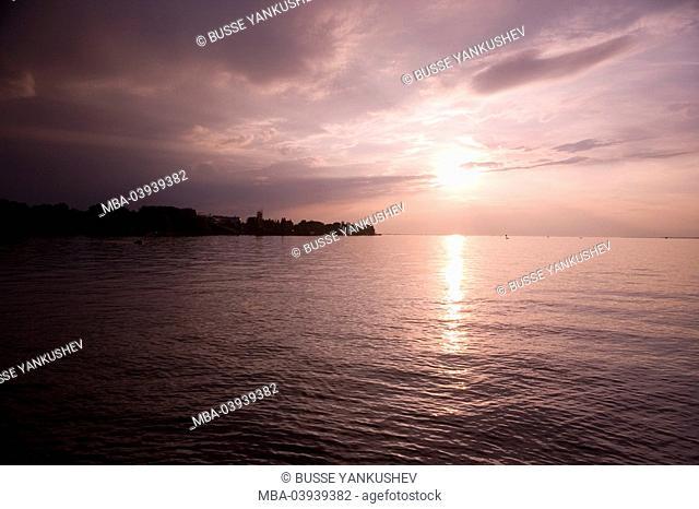 Austria, Vorarlberg, Lake Constance, Bregenz, harbor-promenade, sunset