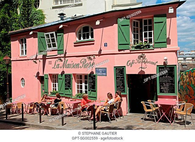 THE TERRACE OF THE MAISON ROSE, CAFE RESTAURANT ON THE BUTTE MONTMARTRE, PARIS 75, FRANCE