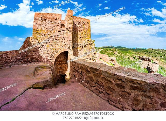 Peracense Castle is a fortress located in the Aragonese town of Peracense, Teruel, Spain. This is one of the most original and best preserved castles of Aragon...