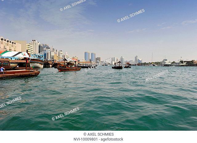 Water taxis, Abra, dhow on Dubai Creek, Dubai, United Arab Emirates, Middle East