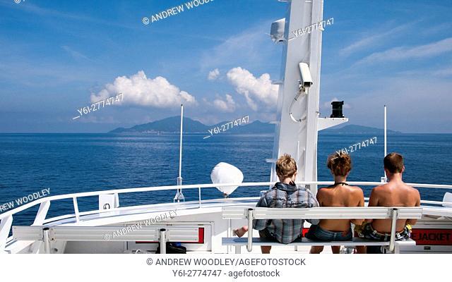 Lomprayah high speed catamaran ferry Gulf of Thailand