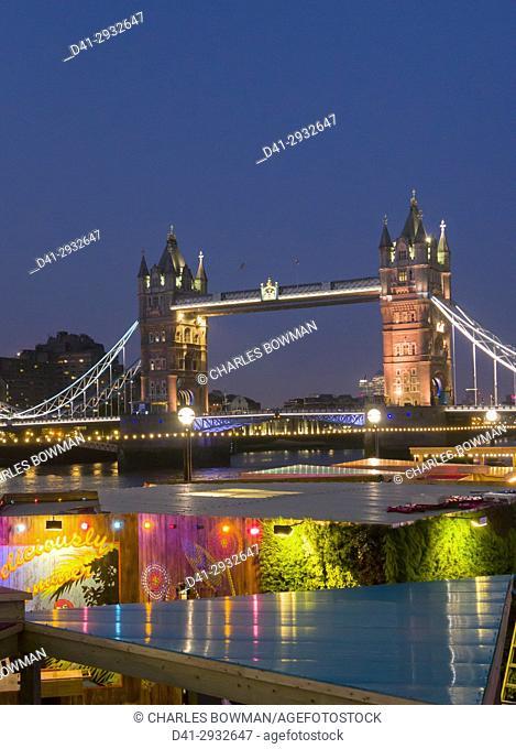 Europe, UK, England, London, Tower Bridge Riveira dusk