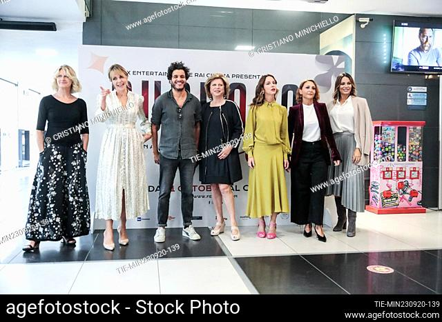(From left) Angela Finocchiaro Claudia Gerini, Mohamed Zouaoui , the director Giuliana Gamba, Caterina Guzzanti, Paola Minaccioni
