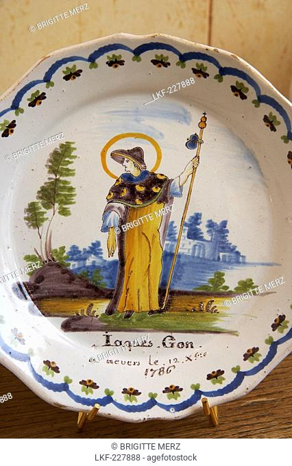 Faiences de Nevers, Faiencerie Montagnon, Plate with figure of Saint Jacques, Loire, The Way of St. James, Chemins de Saint Jacques, Via Lemovicensis, Nevers