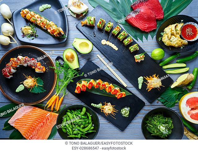 Asian Japan Sushi varied recipes with algae and Edamame