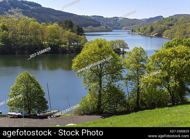 Europe, Luxembourg, Diekirch, Lultzhausen, Views of Lac Sure and Ningserbaach