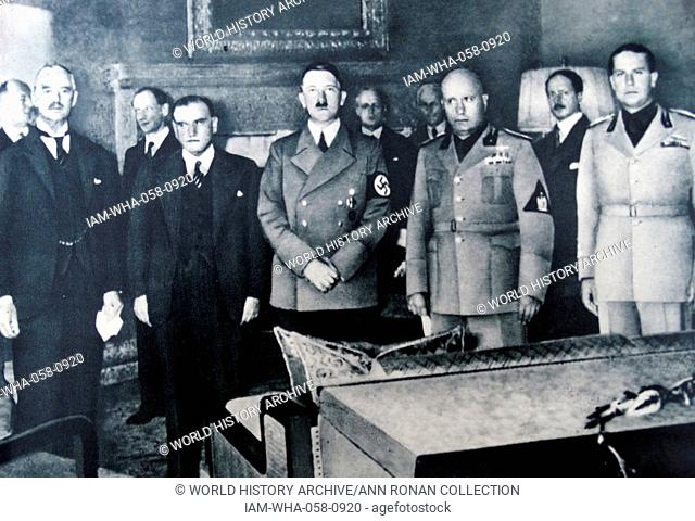29th september 1938, Munich conference. From left to right: Chamberlain, Daladier, Hitler, Mussolini, and Ciano pictured before signing the Munich Agreement