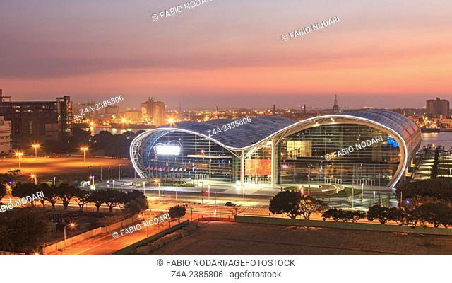 Kaohsiung, Taiwan: Sunset over the newly opened Kaohsiung Exhibition Center