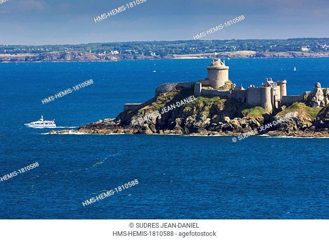 France, Cotes d'Armor, Emeraude coast, Fort la Latte