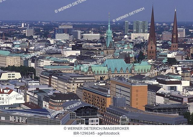View from the Michaeliskirche church over Hamburg, skyline, panoramic view, Hamburg, Germany, Europe