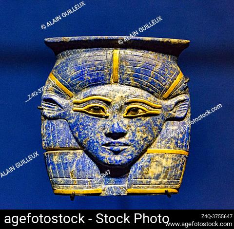 Egypt, Cairo, Egyptian Museum, pendant found in the tomb of a prince Sheshonq in Memphis. 22nd dynasty, reign of Osorkon 2