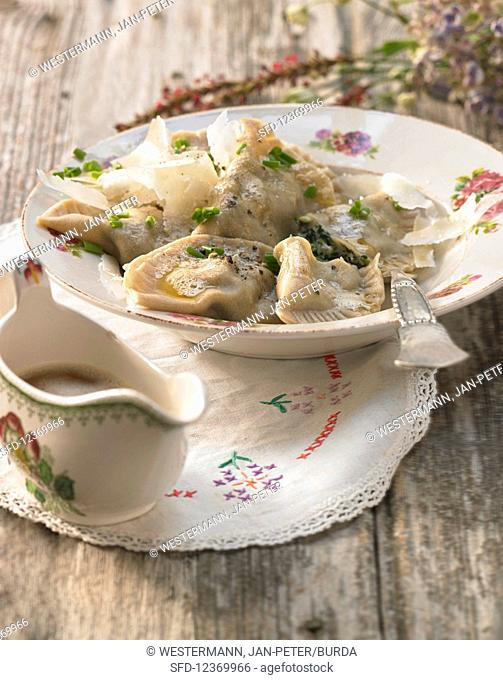 Schlutzkrapfen with spinach and Parmesan (Italy)