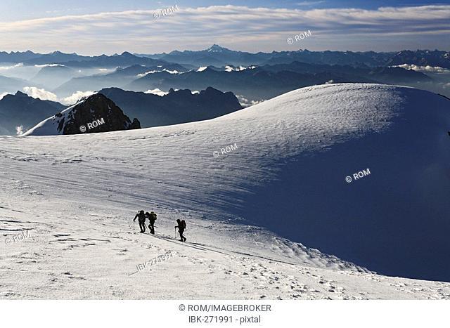 Mont Pelvoux 3.946 m, Provence-Alpes-Cote de Azur, Hautes-Alpes, France