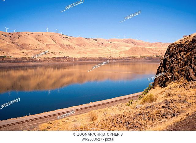 Dry Calm Clear Summer Day Columbia River Gorge Oregon Washington