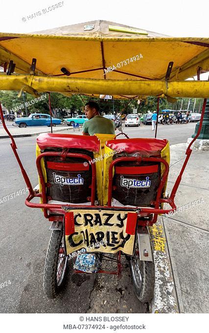 Rickshaw, rickshaw driver Crazy Charley, La Habana, Havana, La Habana, Cuba, Cuba