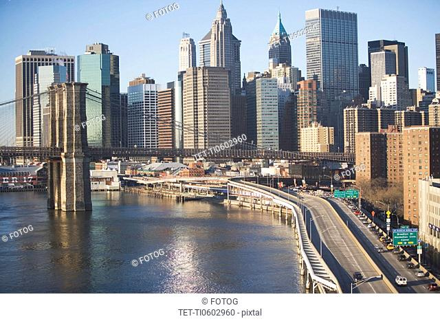 USA, New York State, New York City, Brooklyn Bridge with skyscrapers