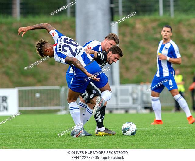 Sidney Friede (Hertha BSC) (26) versus Otar Kiteishvili (SK Sturm Graz) (mi). GES / football / KSC blitz tournament: SK Sturm Graz - Hertha BSC Berlin, 13