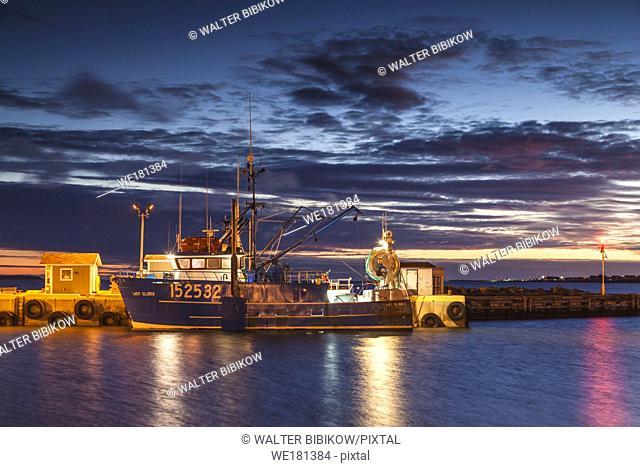 Canada, New Brunswick, Northeastern New Bruswick, Caraquet, boats in the fishing port, dawn