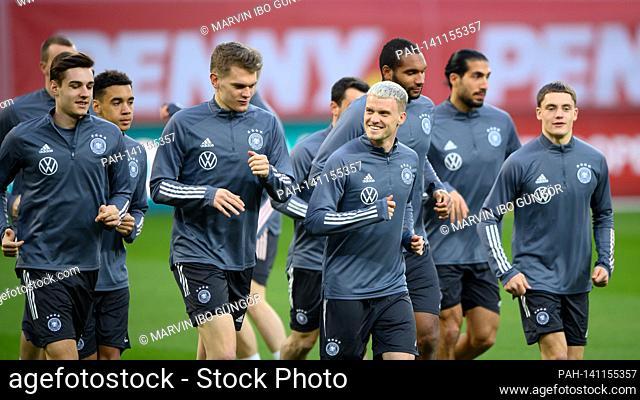left to right Florian Neuhaus, Matthias Ginter, Philipp Max, Florian Wirtz (Germany) GES / Fussball / DFB-final training Bucharest, The team, 27.03