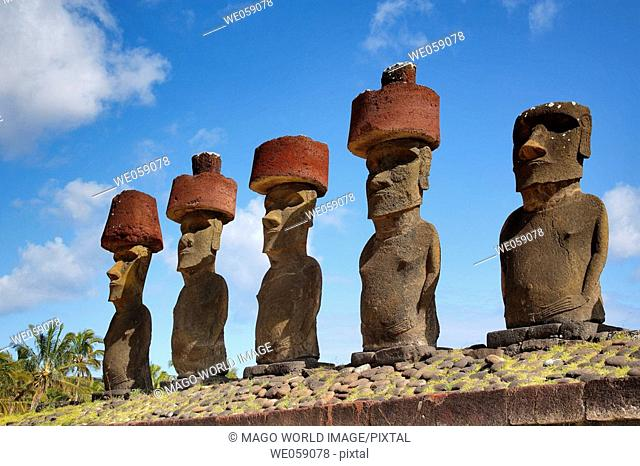 Chile, Easter Island, Rapa Nui, moais with headknots at Ahu Nau Nau, Anakena Beach