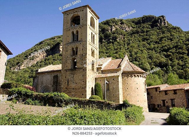 Iglesia de Sant Cristòfol de Beget. Románica. Siglo XII. Beget, Camprodón, Ripollés, Girona, Catalunya, España