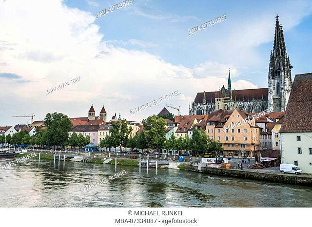 Danube flowing before the skyline of the Unesco world heritage sight, Regensburg, Bavaria, Germany