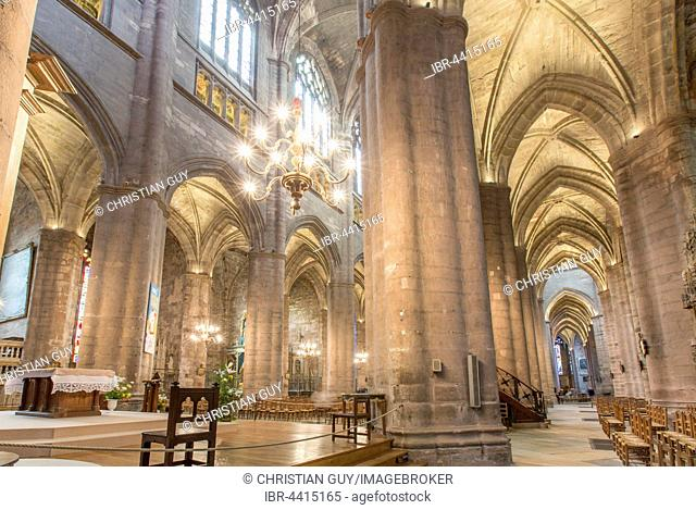 Interior, Notre-Dame Cathedral, 12th-16th century, Rodez, Aveyron, Languedoc-Roussillon-Midi-Pyrénées, France