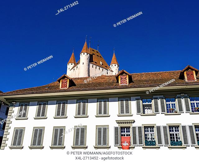 Rathausplatz Thun, overlooking Castle Thun, Bernese Oberland, Canton of Bern, Switzerland, Europe