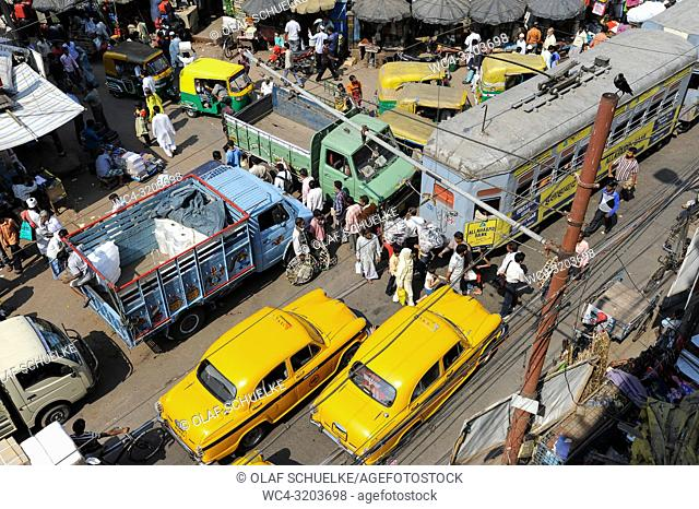 25. 02. 2011, Kolkata, West Bengal, India, Asia - A view from above of the daily street traffic in the Indian metropolis