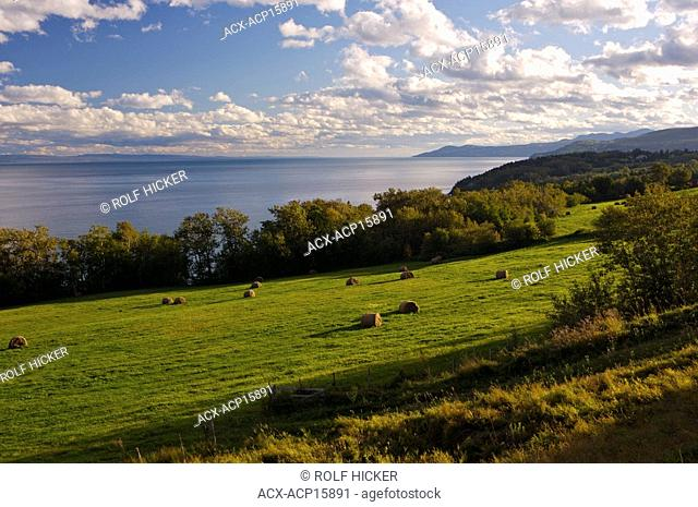 Coastline of the St Lawrence River along the Marine Park Drive, Highway 138, Charlevoix, Quebec, Canada