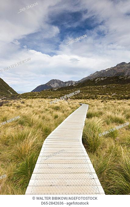 New Zealand, South Island, Canterbury, Aoraki-Mt. Cook National Park, Hooker Valley hike