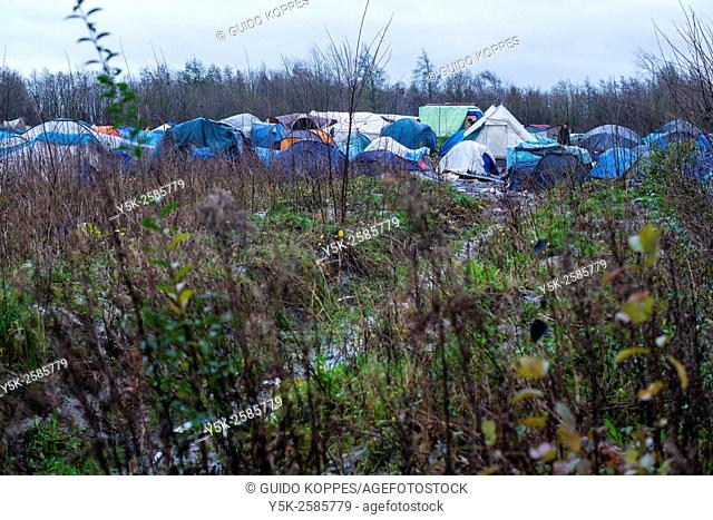 Dunkerque, France. View on the Jungle of Dunkerque, a makeshift camp for illegal migrants