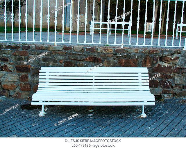 Bench. Mundaka. Euskadi. Spain