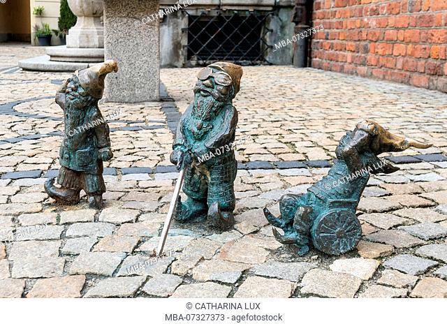 Poland, Wroclaw, dwarfs, former symbol of resistance, disabled dwarfs