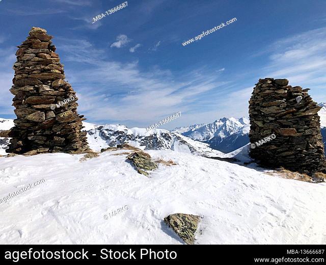 Panoramic view, cairn, nicely settled, ski area Kappl, Alblittkopf, snow-covered mountains, peaks, Verwallgruppe, ski slopes, winter, mountains, snow, Kappl