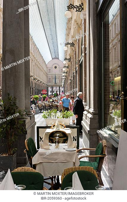 Galeries Royales St. Hubert, St. Hubertus Galerien, Galerie de la Reine, shopping arcade, Ilot Sacre, Brussels, Belgium, Benelux, Europe