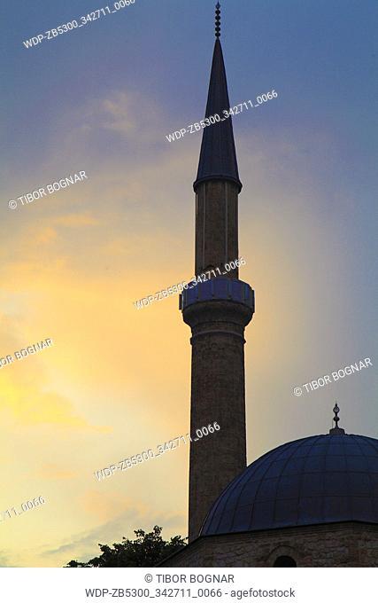Bosnia and Herzegovina, Sarajevo, Bascarsija Mosque, minaret, sunset, silhouette