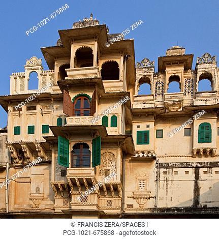 Waterfront Side of Bagore-ki-haveli Palace