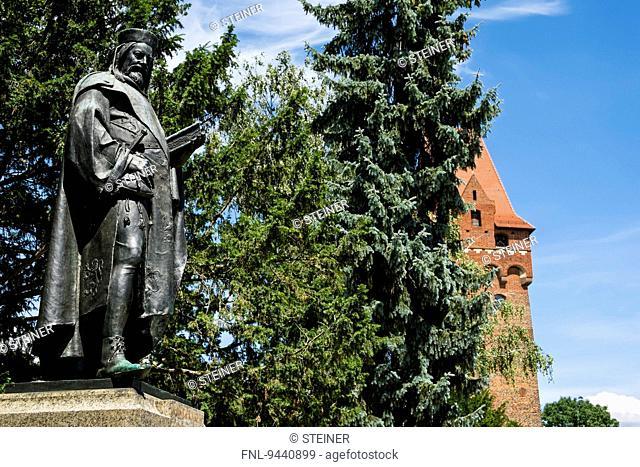 Statue Kaiser Karl IV., Castle Tangermuende, Saxony-Anhalt, Germany, Europe