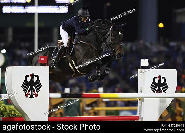 firo: 16.09.2021, equestrian sport, Aachener Soers horse show, CHIO 2021, show jumping, Mercedes-Benz Nations Cup, Angelie von ESSEN, Sweden