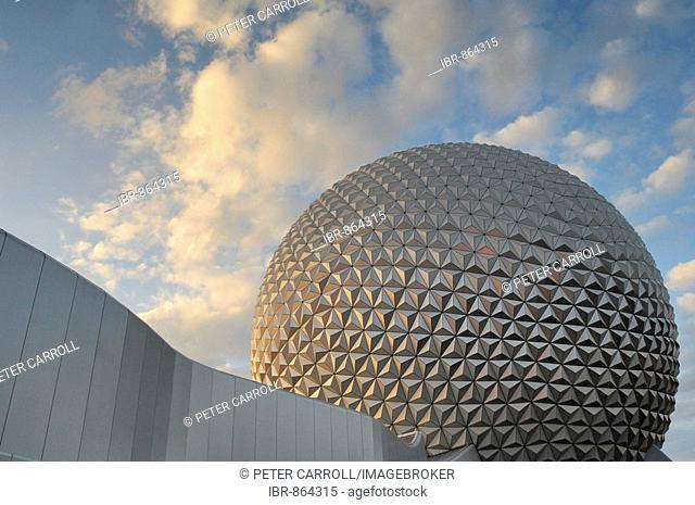 Spaceship Earth at Epcot in Walt Disney World, Florida, USA
