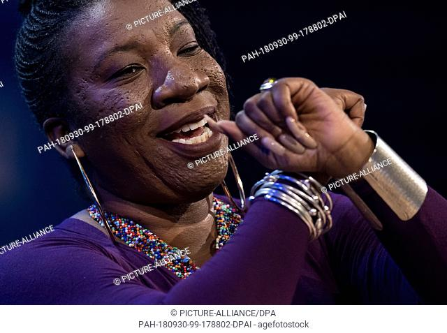 30 September 2018, Bavaria, Munich: Tarana Burke, initiator of the #Metoo movement, participates in the Bits & Pretzels Business Founders and Investors Meeting