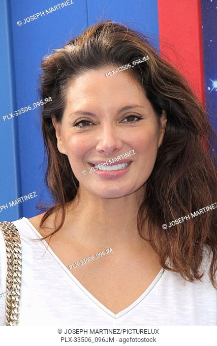 """Alex Meneses at the Premiere of Warner Bros' """"""""Paddington 2"""""""" held at the Regency Village Theatre in Westwood, CA, January 6, 2018"""