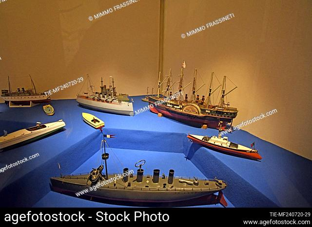 Ships in the exhibition titled ' Per gioco' from the collection of antique toys of the Capitoline Superintendence. It presents over 700 specimens of ancient...