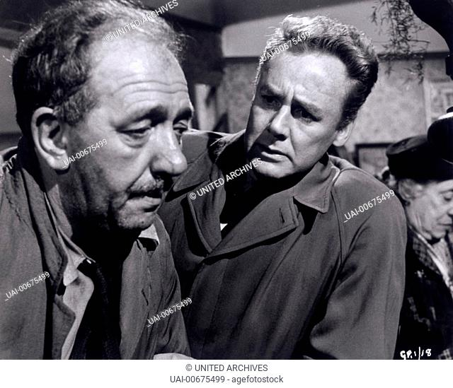 BEYOND THIS PLACE UK 1959 Jack Cardiff McEvoy (LEO MCKERN), Paul Mathry (VAN JOHNSON) Regie: Jack Cardiff / BEYOND THIS PLACE UK 1959